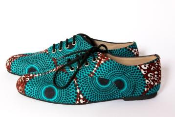 Derbis flats with laces
