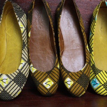 Can you believe that three different pairs of ballet flats can come from the same material? Here's the proof.